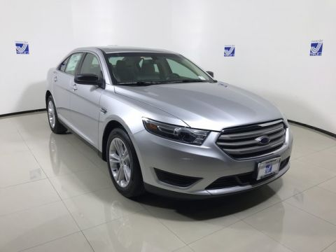 New 2017 Ford Taurus SE FWD 4dr Car