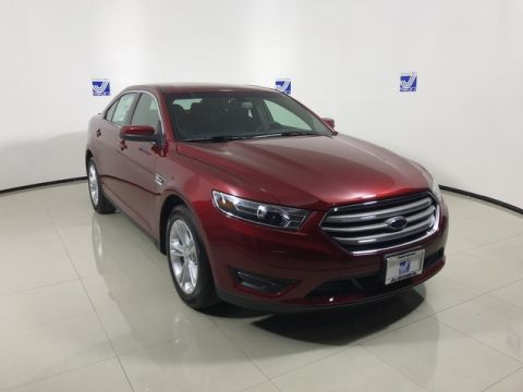New 2017 Ford Taurus SEL FWD 4dr Car