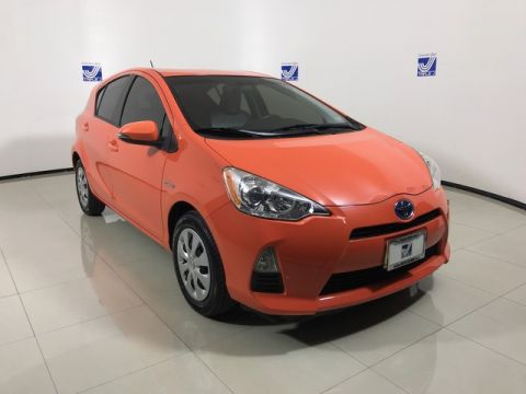 Pre-Owned 2014 Toyota Prius c One FWD Hatchback