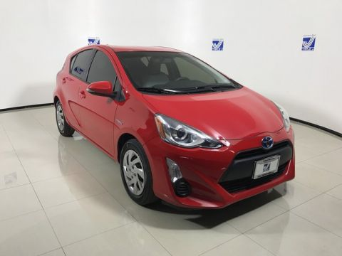 Pre-Owned 2015 Toyota Prius c  FWD Hatchback