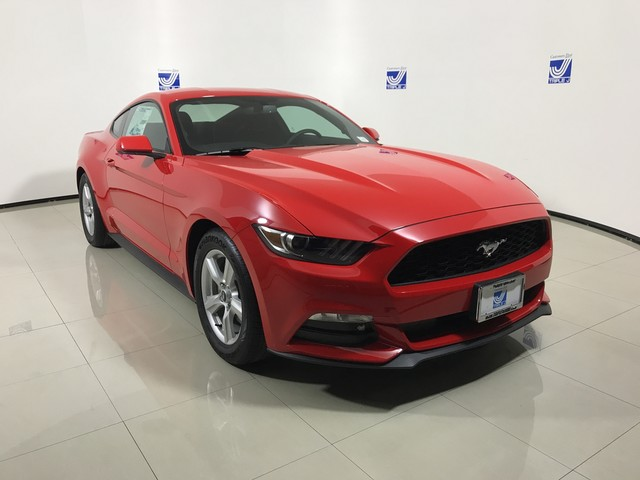 New 2017 Ford Mustang V6