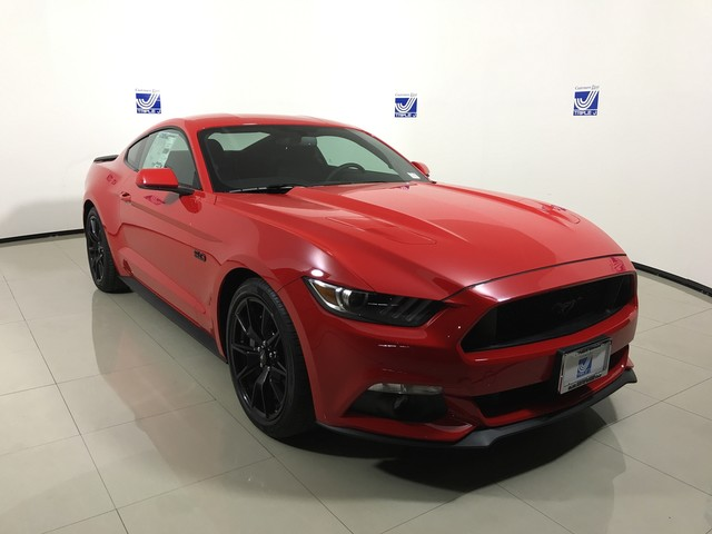 New 2017 Ford Mustang GT Fastback