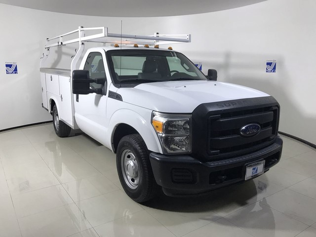 Pre-Owned 2016 Ford Super Duty F-350 XL SRW 8ft. Utility Service Body