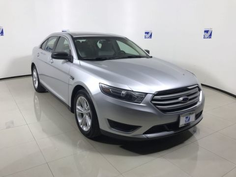 Pre-Owned 2015 Ford Taurus SE