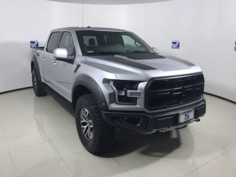 New 2018 Ford F-150 Raptor Super Crew 4WD w/Bakflip Tonneau Cover
